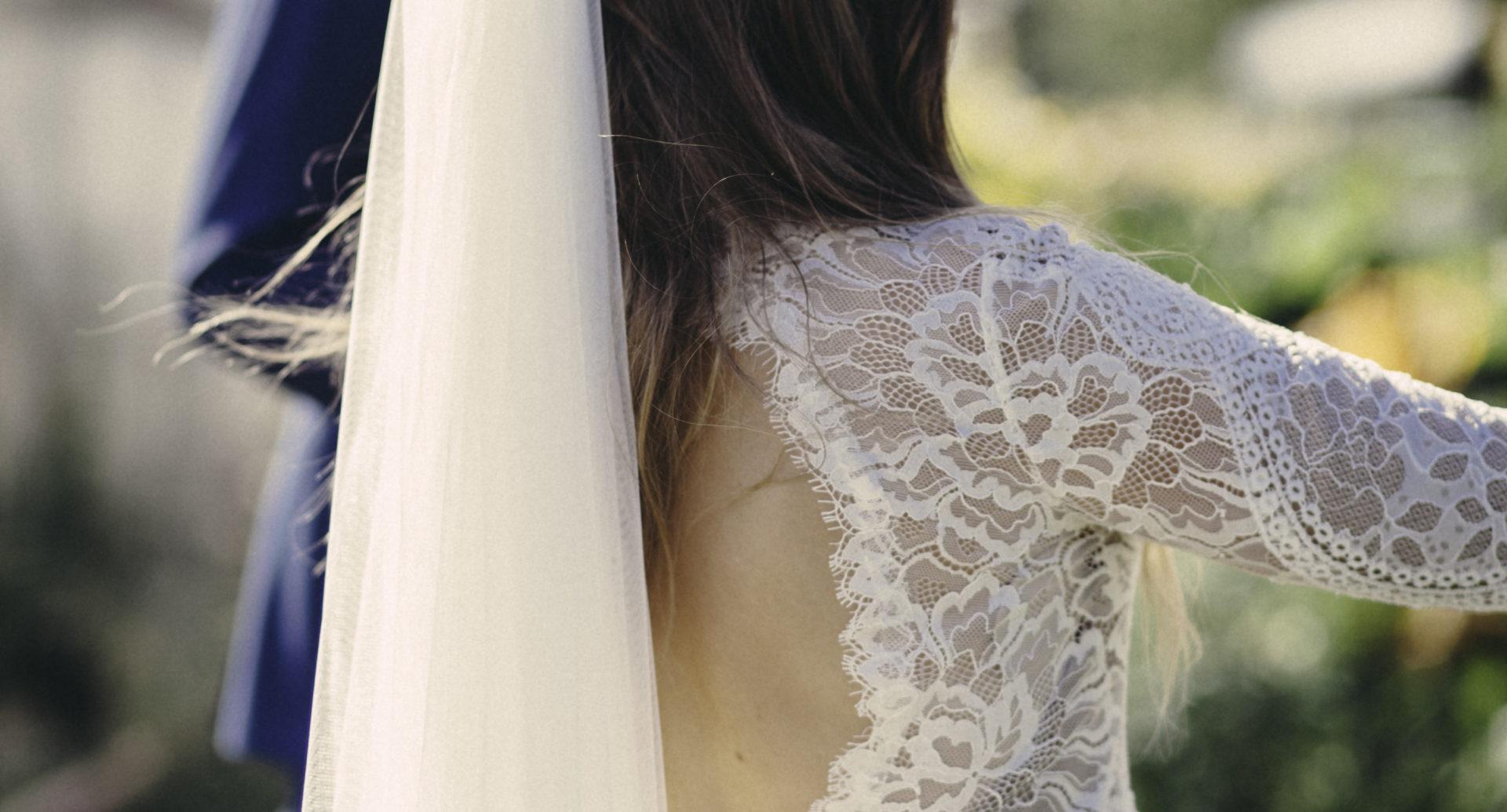 Att sy en brudklänning